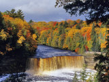 View of the waterfalls in Tahquamenon Falls State Park, Michigan, National Geographic, Giclee Print