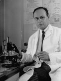 Dr. Charles Drew, Head of Surgery at Howard University, Chief of Surgery at Freedman's Hospital, Photographic Print - Alfred Eisenstaedt