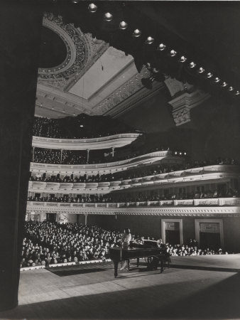 Singer Marian Anderson Performing for an Audience at Carnegie Hall Metal Print by Gjon Mili