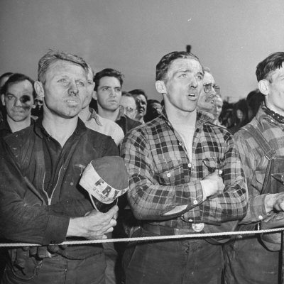 """Crowd of Steel Workers Singing """"The Star Spangled Banner"""" Photographic Print"""