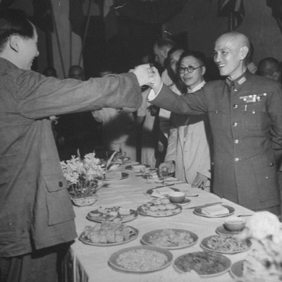 Red Chinese Leader Mao Tse Tung and Chiang Kai Shek Toasting One Another Photographic Print