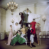 Models Posing in New Christian Dior Collection Reproduction photographique par Loomis Dean