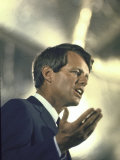 Senator Robert Kennedy on Campaign Trail During Presidential Primary Season Reproduction photographique par Bill Eppridge