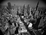 Aerial View of New York City Looking Uptown Reproduction photographique sur papier de qualité par Andreas Feininger
