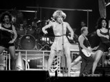 Tina Turner Performing Reproduction sur métal