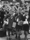 View of Children Being Evacuated Out of London During the Outbreak of World War II Premium Photographic Print by William Vandivert
