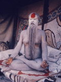 Leader of Sadhu Sect Reproduction photographique sur papier de qualité par Alfred Eisenstaedt
