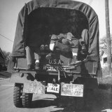 US Soldiers Riding in the Back of a Cramped Army Truck Photographic Print by George Strock