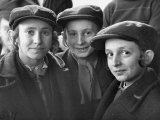 Jewish Children Posing for a Picture Premium Photographic Print by William Vandivert