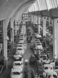 Interior View of Volkswagen Plant, Showing Assembly Lines Photographie par Walter Sanders