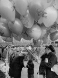 Man Selling Balloons at Dwight D. Eisenhower's Inauguration Premium Photographic Print by Cornell Capa