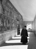 Brother Speridon Standing in the Monastery of St. Jovan Bigorski Premium-Fotodruck von William Vandivert