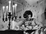 Jackie Kennedy Reading a Bedtime Story to Her Young Daughter Caroline at the Kennedy Family Home Premium Photographic Print by Alfred Eisenstaedt