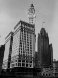 View Showing the Chicago Tribune Building Premium Photographic Print by Carl Mydans