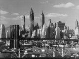New York City Skyline and Brooklyn Bridge, 1948 Fotografie-Druck von Andreas Feininger