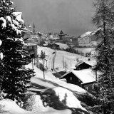 Snow-Covered Winter-Resort Village St. Moritz Fotoprint van Alfred Eisenstaedt