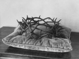 Crown of Thorns Worn by Actor in the King of Kings from Prop Collection of Cecil B. Demille Premium Photographic Print by Ralph Crane