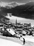 Snow-Covered Winter-Resort Village St. Moritz Premium fotoprint van Alfred Eisenstaedt