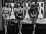 Winning Models Marianne Baba, Lois Conway and Ruth Swensen During a Chiropractor Beauty Contest Premium Photographic Print by Wallace Kirkland