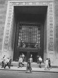 The Main Entrance to the Chase Manhattan Bank Fotografisk tryk af Al Fenn