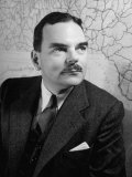 Portrait of New York Governor Thomas E. Dewey Premium Photographic Print by Walter Sanders