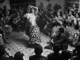 Gypsy Dancer Performing Fotografie-Druck von Dmitri Kessel