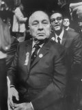 Mayor Richard Daley Listens to Criticism of Handling of Riots During Democratic National Convention Premium Photographic Print by Lee Balterman