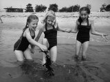 Girls of the Children's School of Modern Dancing, Playing at the Beach Photographic Print by Lisa Larsen