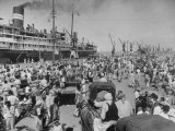 Crowd of Hindu Refugees Crowding Dock as They Prepare to Ship Out for New Homes in Bombay Premium Photographic Print by Margaret Bourke-White