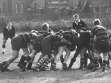 American Rhodes Scholar Peter Dawkins Playing Rugby with Oxford Univ. Students Reproduction photographique sur papier de qualité