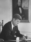 Senator John F. Kennedy in His Office after Being Nominated for President at Democratic Convention Premium fotoprint van Alfred Eisenstaedt