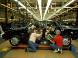 "Team of Workers Manning ""Skillet"" Equipped Saturn Assembly Line at Saturn Plant Premium Photographic Print by Ted Thai"