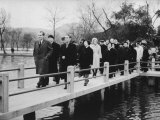 President Richard M. Nixon and Wife with En Lai Chou Walking over Bridges in West Hangchou Premium Photographic Print by John Dominis