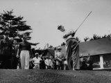 Dwight D. Eisenhower at Ottowa Hunt Club Playing Golf Fotografisk tryk