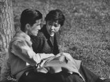 Young Couple Enjoying Lunchtime Date in the Park Premium Photographic Print by John Dominis