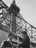 Young Couple on a Date at a TV Tower Premium Photographic Print by John Dominis