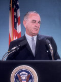 Pres. Lyndon B. Johnson Holding White House Press Conference Premium Photographic Print