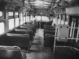 Bus Driver on Empty Bus During Boycotting by African Americans Lámina fotográfica