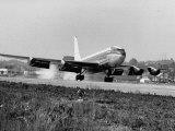 New Boeing 707 Jet Being Taken for a Test Flight Lámina fotográfica