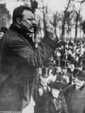 Pres. Theodore Roosevelt Speaking to Crowd During Campaign Photographic Print