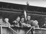 Immigrants from Europe Arriving in Us Premium Photographic Print
