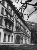 Villa D'Este, Now a Famous Hotel on Lake Como Premium Photographic Print by Carl Mydans