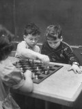 Children Considered Geniuses Playing Chess Premium Photographic Print by Nina Leen