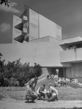 Students on Campus of Florida Southern University Designed by Frank Lloyd Wright Premium Photographic Print by Alfred Eisenstaedt