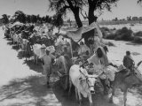 Convoy of Muslims Migrating from the Sikh State of Faridkot after the Division of India Premium Photographic Print by Margaret Bourke-White