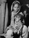 Indian Wife of a Tannery Worker Holding Her Child at Home in the Chawls Premium Photographic Print by Margaret Bourke-White