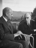 US Treasury Sec. Henry Morgenthau Jr. and British Economist John Maynard Keynes Premium Photographic Print by Alfred Eisenstaedt