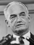 Sen. Barry Goldwater Campaigning for Gop Presidential Nomination at the Illinois State Convention Premium Photographic Print