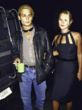 Actor Johnny Depp and Model Kate Moss at a Book Party at Danzinger Gallery プレミアム写真プリント : デーヴ・アロッカ