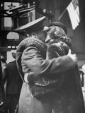 Soldier Saying Farewell to His Lady Friend at Penn Station Premium Photographic Print by Alfred Eisenstaedt